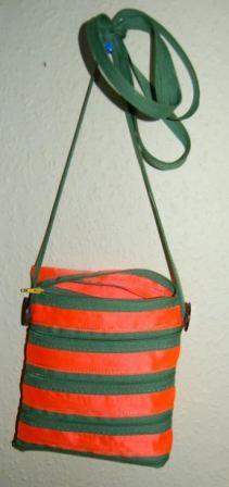 Taske med silkebånd