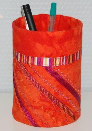 Silkebånd og maskinbroderi