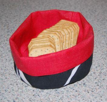 Rund vendbar brødkurv