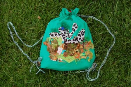 Tasken er syet af Siv på 7 år